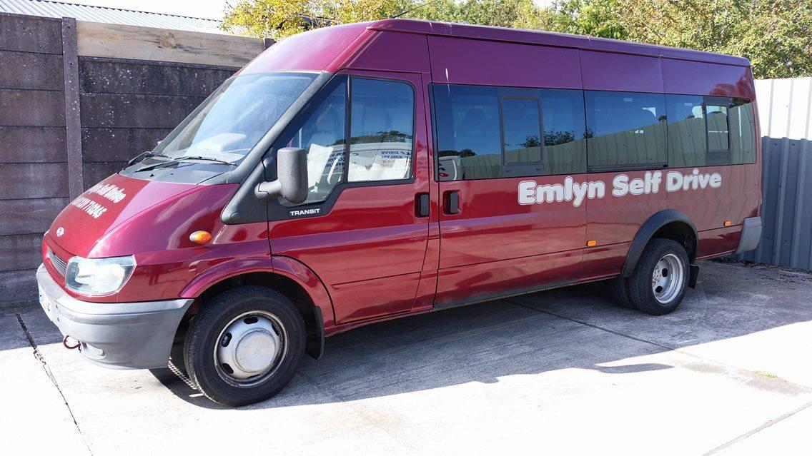 17 Seat Minibus